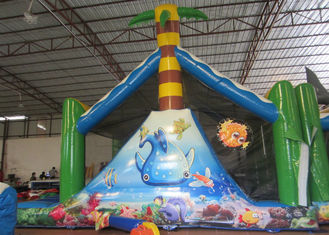 White Shark Inflatable Obstacle Courses Silk Printing 14 X 4m With Palm Trees
