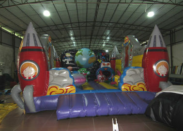 China Custom Alien Spaceship Blow Up Bounce House , Little Tikes Inflatable Bounce House supplier
