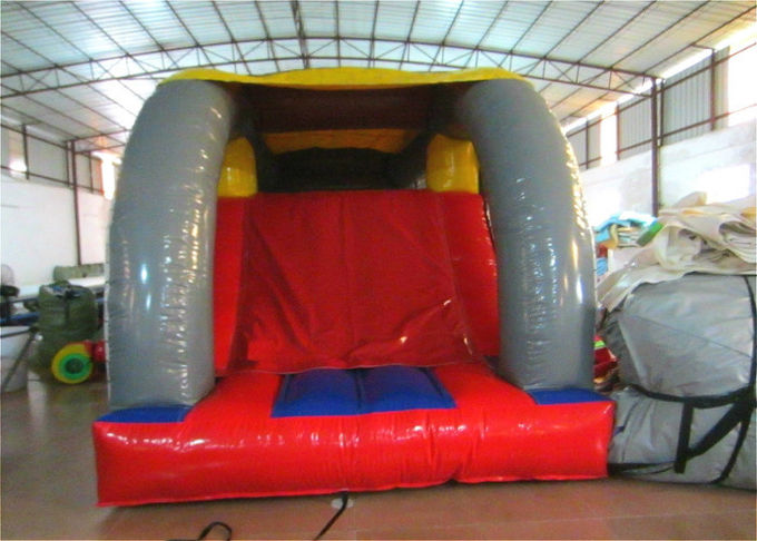 Indoor Playground Inflatable Obstacle Courses Bounces Slide Guard Theme 8.5 X 2.8m