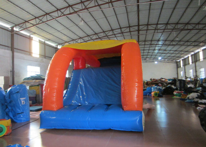 Kindergarten Baby Clownfish Inflatable Assault Course , Waterproof Bouncy Obstacle Course