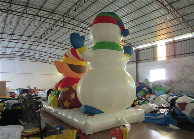 Commercial Snowman Large Christmas Inflatables , Cartoon Inflatable Holiday Decorations